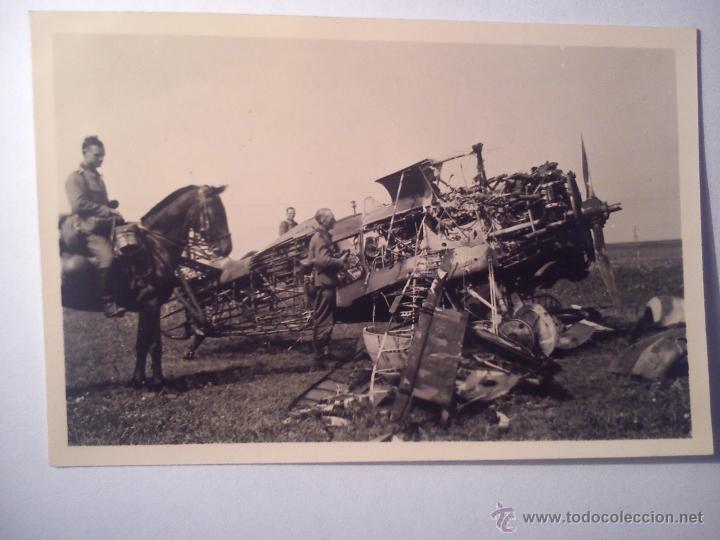 FOTO FOTOGRAFÍA ORIGINAL DE UN AVION POLIKARPOV I-15 DESTRUIDO (Militar - Fotografía Militar - Otros)