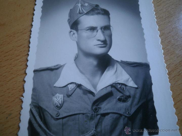 FOTOGRAFÍA ALFÉREZ DEL EJÉRCITO ESPAÑOL. MILICIAS UNIVERSITARIAS IPS 1951 (Militar - Fotografía Militar - Otros)