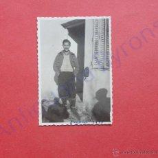 Militaria: FOTOGRAFÍA ANTIGUA ORIGINAL. SOLDADO. GUERRA CIVIL. 1938 (9 X 6 CM). Lote 48237481