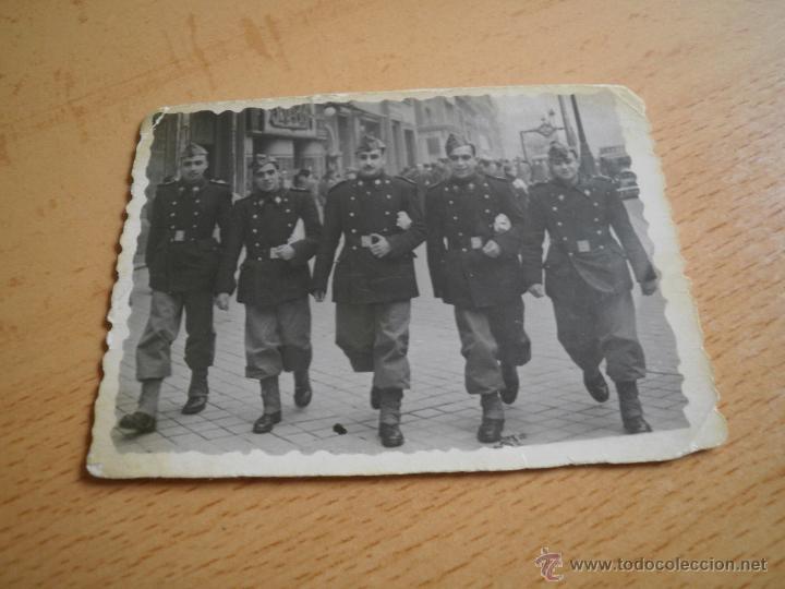 Militaria: Fotografía pontoneros ingenieros del ejército español. Madrid 1947 - Foto 2 - 49163104