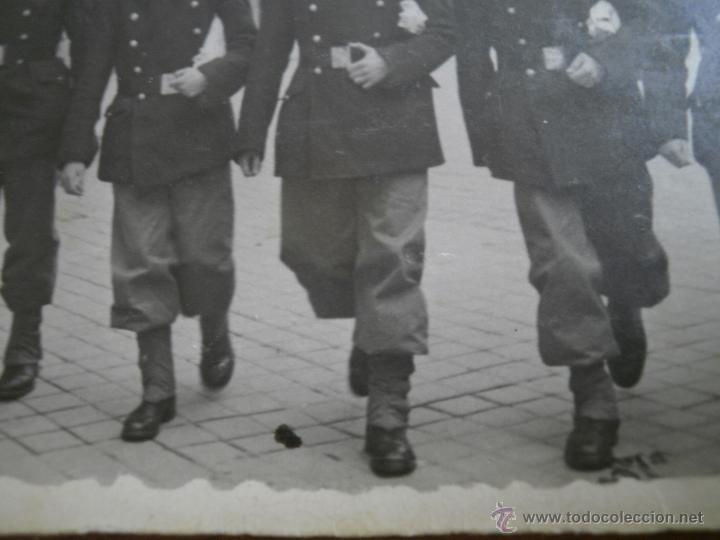 Militaria: Fotografía pontoneros ingenieros del ejército español. Madrid 1947 - Foto 4 - 49163104