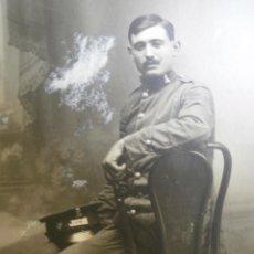 Militaria: FOTOGRAFÍA SOLDADO FERROVIARIO DEL EJÉRCITO ESPAÑOL. MONFORTE DE LEMOS 1919. Lote 49338025