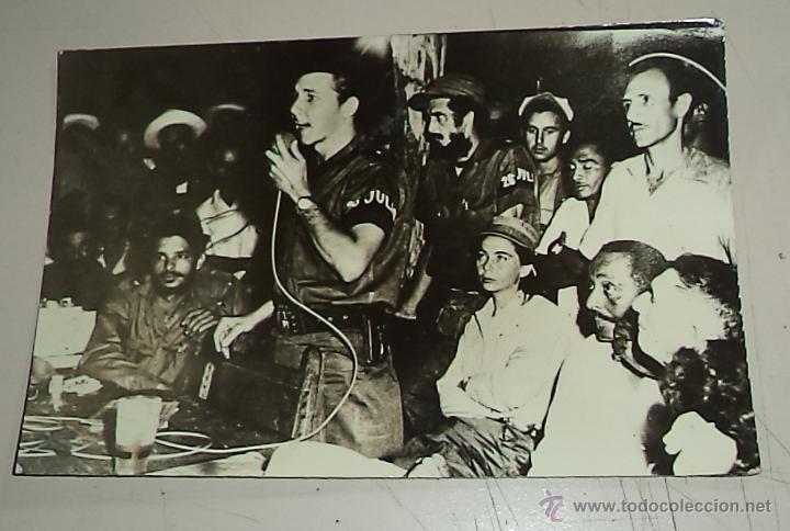 REVOLUCIÓN CUBANA,TREMENDA FOTO ORIGINAL,CUBA,FIDEL CASTRO,CHÉ GUEVARA,26 DE JULIO,RAÚL CASTRO (Militar - Fotografía Militar - Otros)