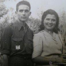 Militaria: FOTOGRAFÍA ESTUDIANTE FALANGISTA. SEU 1943. Lote 49508036