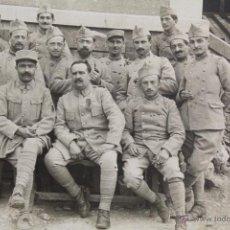 Militaria: P-1899. FOTOGRAFIA DE GRUPO DE OFICIALES EJERCITO FRANCES. PRIMERA GUERRA MUNDIAL.. Lote 50149083