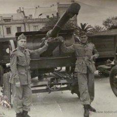 Militaria: FOTOGRAFÍA SOLDADOS DE ARTILLERÍA - 8X6 CM. Lote 50484077