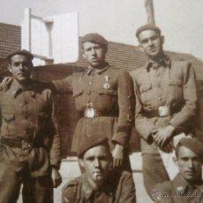 Militaria: FOTOGRAFÍA REQUETES. VITORIA GUERRA CIVIL. Lote 50683116