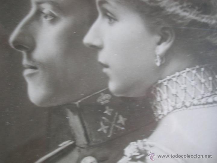 GRAN RETRATO DE KAULAK DE ALFONSO XIII Y VICTORIA EUGENIA. FIRMADO Y DEDICADO POR LOS REYES EN 1911. (Militar - Fotografía Militar - Otros)