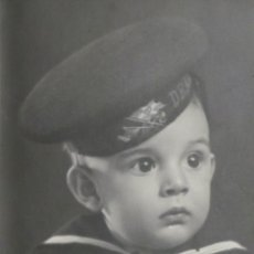 Militaria: FOTOGRAFÍA NIÑO VESTIDO DE MARINERO 1943 - 16X12CM. Lote 50993404