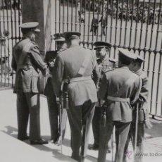 Militaria: FOTOGRAFÍA - ACTO MILITAR 25 JULIO 1962 - 13X9CM. Lote 50993771
