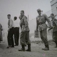Militaria: FOTOGRAFÍA OFICIAL TIRADORES DE IFNI. SIDI IFNI. Lote 51071469