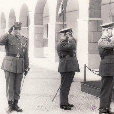 Militaria: FOTOGRAFIA MILITAR 9X14 CM - GRUPO OFICIALES INGENIEROS - FOTO DEL MORAL CEUTA. Lote 51125334