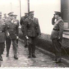 Militaria: FOTOGRAFIA MILITAR 9X14 CM - OFICIALES INGENIEROS - FOTO DEL MORAL CEUTA. Lote 51125378