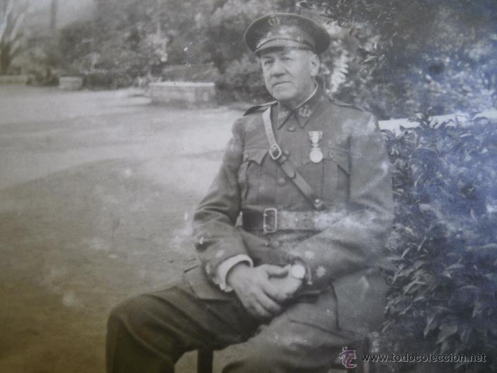 Militaria: Fotografía teniente coronel del ejército español. Farmacia Militar 1930 - Foto 3 - 51511276