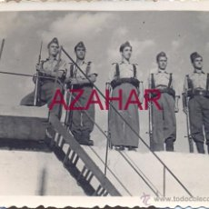 Militaria: SEVILLA,1957, SOLDADOS DE AVIACION, BASE AEREA DE TABLADA,78X58MM. Lote 52031772