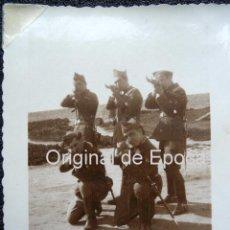 Militaria: (JX-112)SOLDADOS CASTILLO DE MONTJUICH,1936,CAPELLA COMISARIO POLITICO EN LA GUERRA CIVIL. Lote 52166156