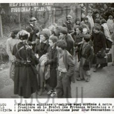 Militaria: REFUGIADOS ESPAÑOLES MUJERES Y NIÑOS EN LA FRONTERA FRANCESA. 1939. ORIGINAL. AGENCIA. EXILIO. Lote 52169811