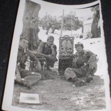 Militaria: FOTO FOTOGRAFIA TRANSMISIONES ÉPOCA FRANQUISTA. Lote 52342276