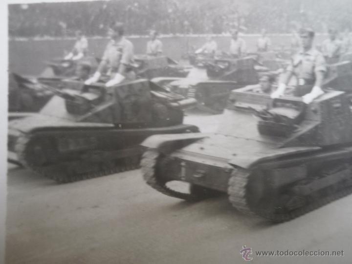 FOTOGRAFÍA TANQUETAS ITALIANAS CV-33 FIAT ANSALDO. GUERRA CIVIL (Militar - Fotografía Militar - Guerra Civil Española)