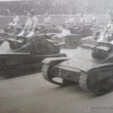 Militaria: FOTOGRAFÍA TANQUETAS ITALIANAS CV-33 FIAT ANSALDO. GUERRA CIVIL. Lote 52480929