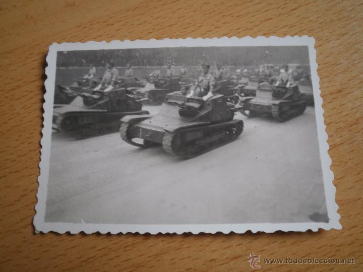 Militaria: Fotografía tanquetas italianas CV-33 Fiat Ansaldo. Guerra Civil - Foto 2 - 52480929