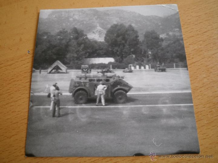 Militaria: Fotografía vehículo PANHARD M3. Infantería de Marina - Foto 2 - 52504162