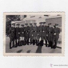 Militaria: FOTOGRAFIA GRUPO DE ALFERECES PROVISIONALES.. Lote 52507387