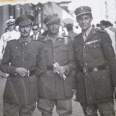 Militaria: FOTOGRAFÍA CAPITANES LEGIONARIOS. MADRID 1947. Lote 52610427