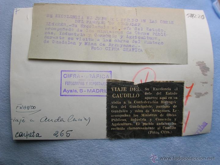 Militaria: FOTOGRAFIA ORIGINAL DE FRANCO VISITANDO EL PANTANO DE GUADALEN. LINARES. VILCHES. JAEN. AÑO 1951. - Foto 5 - 52913717
