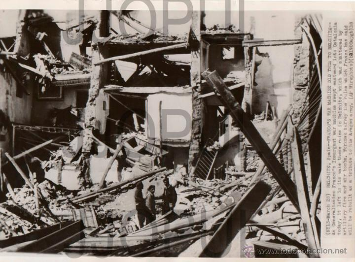RUINAS DE BELCHITE TRAS ALA BATALLA. 1938. ORIGINAL (Militar - Fotografía Militar - Guerra Civil Española)