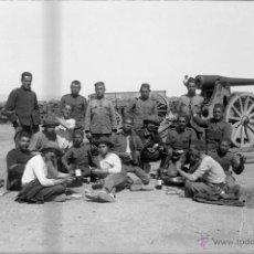 Militaria: FOTOGRAFIA DE CRISTAL NEGATIVO MILITARES EN LA GUERRA DEL RIF (MARRUECOS) 1912 APROXIMADAMENTE, MIDE. Lote 52919145