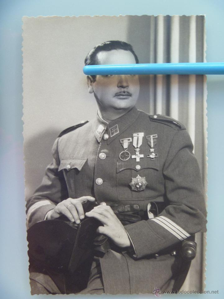 GUARDIA CIVIL: SARGENTO VETERANO GUERRA CIVIL CON TRICORNIO ( MERITO EN CAMPAÑA, MERITO, ETC), CADIZ (Militar - Fotografía Militar - Otros)