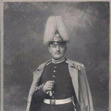 Militaria: FOTOGRAFÍA MILITAR TIPO CDV DE SOLDADO CON CASCO. FINALES DEL S.XIX. BERLIN. CARTA DE VISITA. Lote 53531594