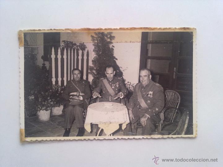 Militaria: LOTE 3 FOTOGRAFIAS, EJERCITO, MILITAR, MILITARES, MEDALLAS, CONDECORACIONES - Foto 3 - 53636770