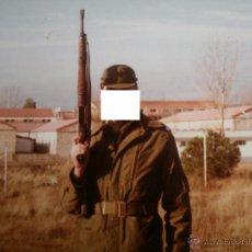 Militaria: FOTOGRAFÍA SOLDADO DEL EJÉRCITO ESPAÑOL. M-82 OTAN. Lote 53692317