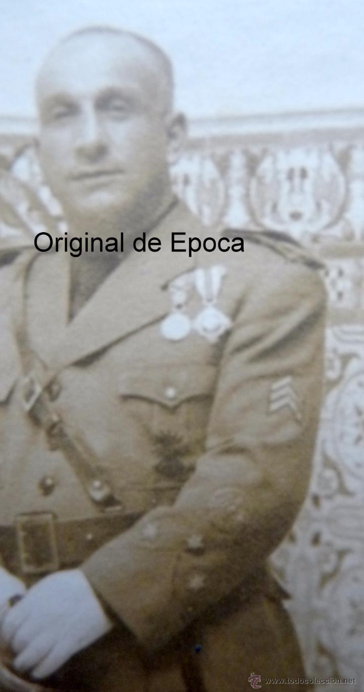 Militaria: (JX-1317)FOTOGRAFIA DE CAPITAN CON VARIAS CONDECORACIONES - GUERRA CIVIL ??? - Foto 3 - 53707873