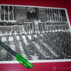 Militaria: ESPECTACULAR FOTO DESFILE DE LA VICTORIA DE 1939 GUERRA CIVIL MADRID FRANCO TRIBUNA. Lote 54065796
