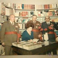 Militaria: FOTOGRAFIA ORIGINAL DEL GENERAL LUIS ALFONSO DE BAVIERA Y BORBON,AÑOS 70,OFICIAL DE LA DIVISION AZUL. Lote 54522167
