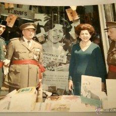 Militaria: FOTOGRAFIA ORIGINAL DEL GENERAL LUIS ALFONSO DE BAVIERA Y BORBON,AÑOS 70,OFICIAL DE LA DIVISION AZUL. Lote 54522315