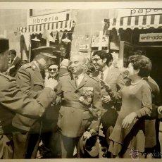 Militaria: FOTOGRAFIA ORIGINAL DEL GENERAL LUIS ALFONSO DE BAVIERA Y BORBON,AÑOS 70,OFICIAL DE LA DIVISION AZUL. Lote 54523514