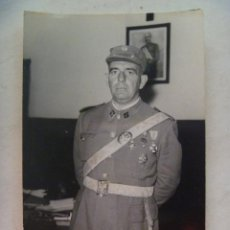 Militaria: OFICIAL DE INGENIEROS VETERANO GUERRA CIVIL, CONDECORADO . CEUTA , 1968. Lote 54773670