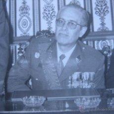 Militaria: FOTOGRAFÍA OFICIAL DEL EJÉRCITO ESPAÑOL. VETERANO DIVISIÓN AZUL. Lote 54855417