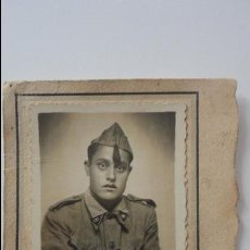 Militaria: ANTIGUA FOTOGRAFIA DE SOLDADO.PERIODO GUERRA CIVIL? FOTO GONZALEZ.GETAFE.. Lote 54982483