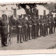 Militaria: FOTOGRAFÍA OFICIALES ESPAÑOLES 8,5 X 7CM. Lote 55339358