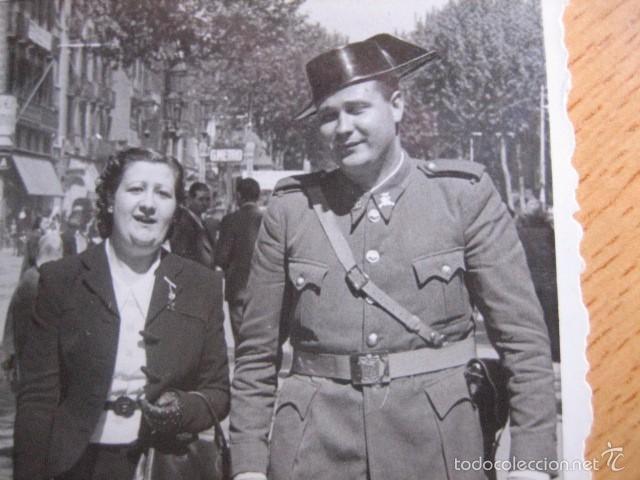FOTOGRAFÍA GUARDIA CIVIL CARABINERO. BARCELONA 1941 (Militar - Fotografía Militar - Otros)