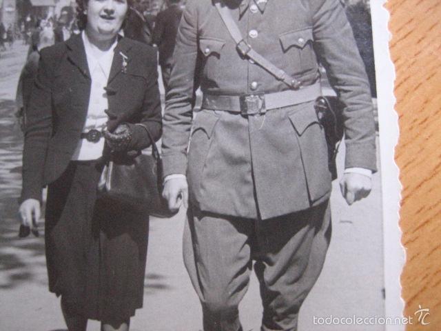 Militaria: Fotografía Guardia Civil Carabinero. Barcelona 1941 - Foto 3 - 55696366