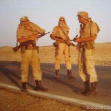 Militaria: FOTOGRAFÍA SOLDADOS DEL EJÉRCITO ESPAÑOL. SAHARA ESPAÑOL. Lote 55926443