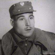 Militaria: FOTOGRAFÍA SOLDADO DEL EJÉRCITO ESPAÑOL. ALTA MONTAÑA 1952. Lote 56004453