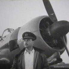 Militaria: FOTOGRAFÍA PILOTO JUNKERS HISPANO SUIZA 42. 1954. Lote 56004549