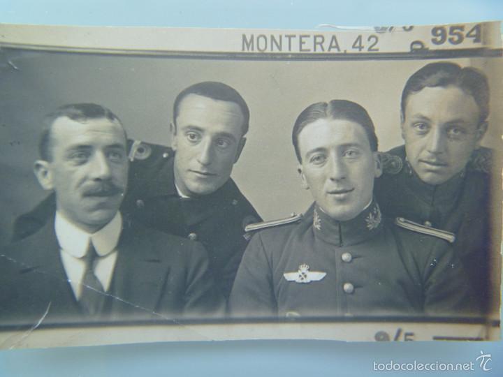PEQUEÑA FOTO DE OFICIAL MEDICO CON ROKISKI DE PILOTO DE AVIACION , EPOCA DE ALFONSO XIII (Militar - Fotografía Militar - Otros)
